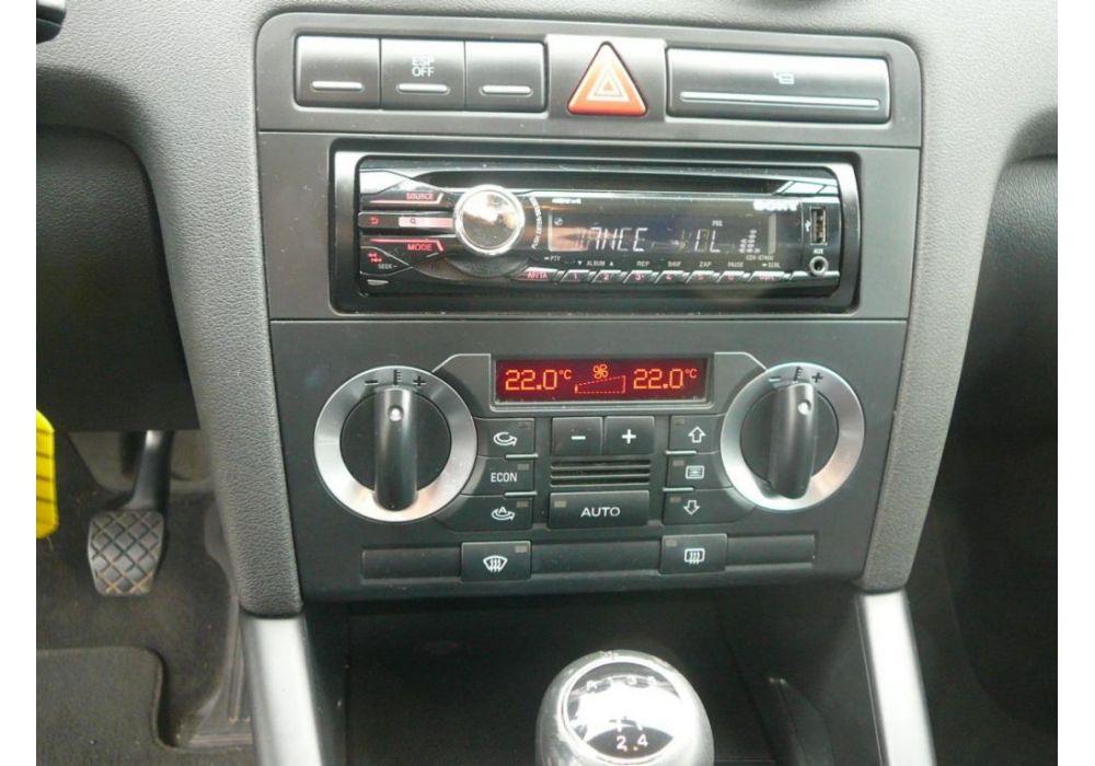 Audi A3  1.6. i