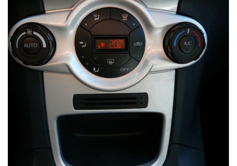 Ford Fiesta 1.4 i PLG