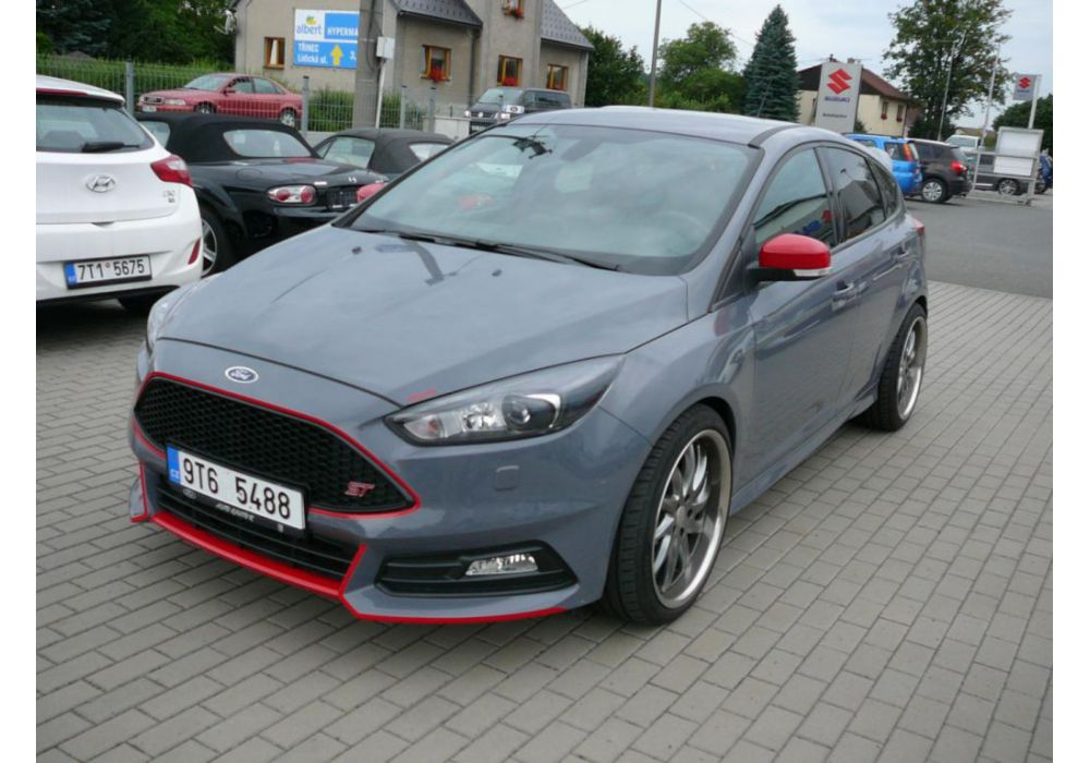 Ford Focus 2.0 EcoBoost ST