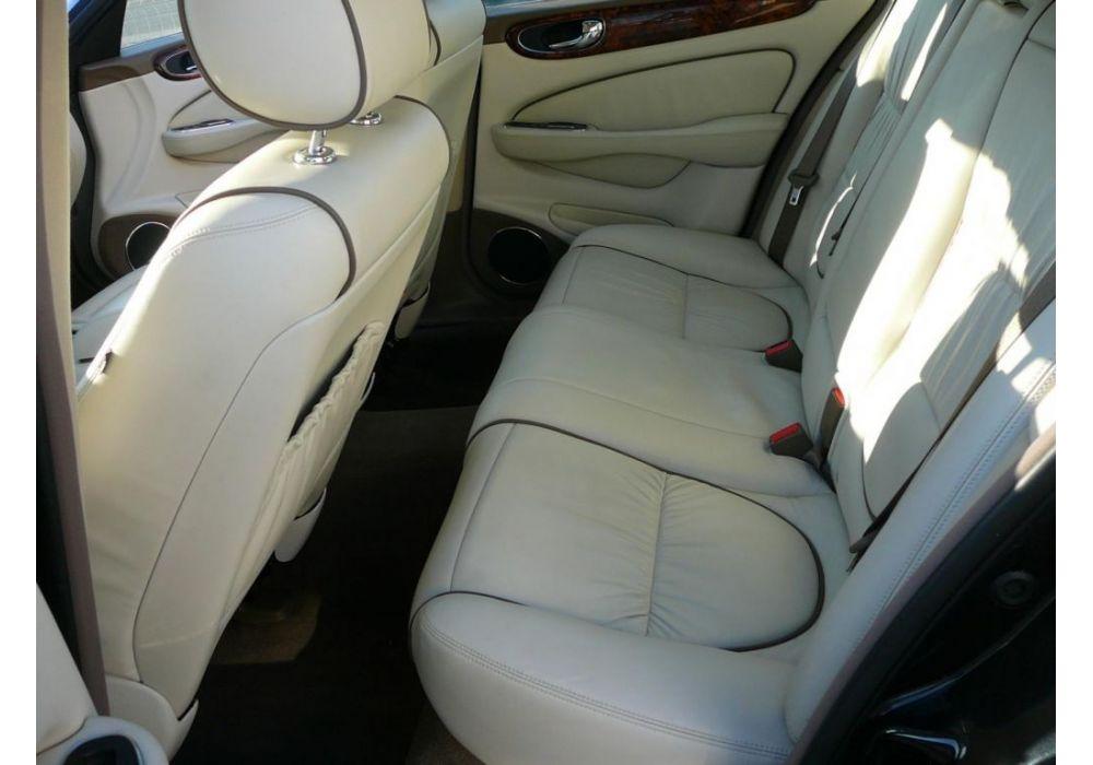 Jaguar XJ8 4.2 i ODPOČET DPH