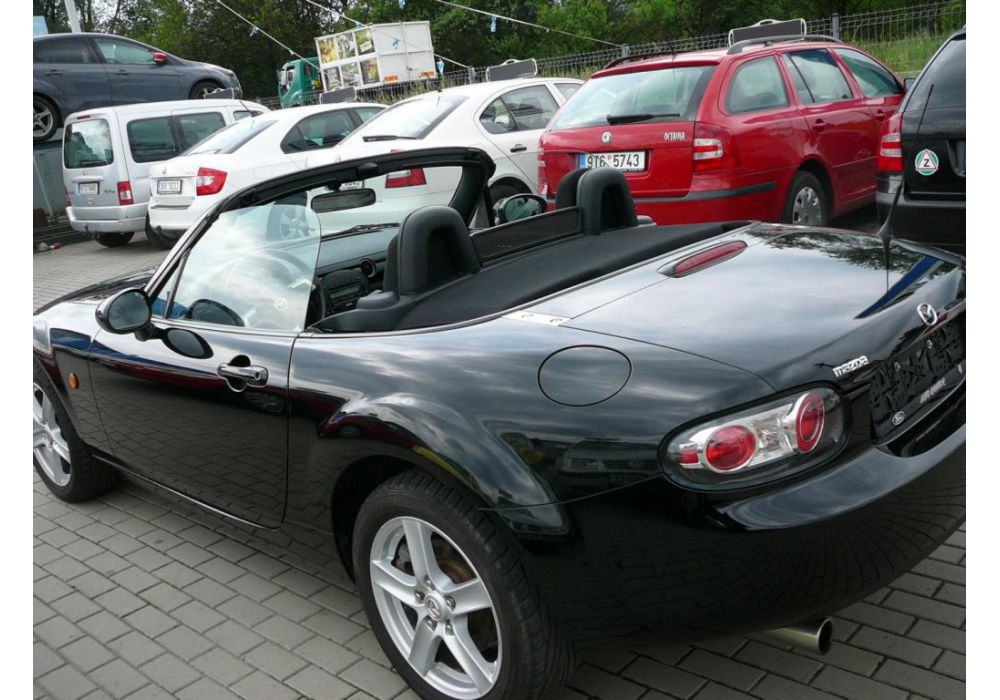 Mazda MX-5 MX-5 1.8 i