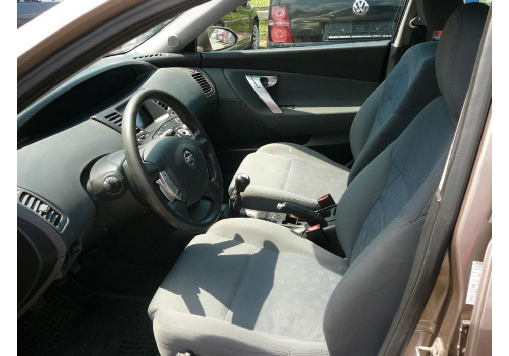 Nissan Primera 1.8 i