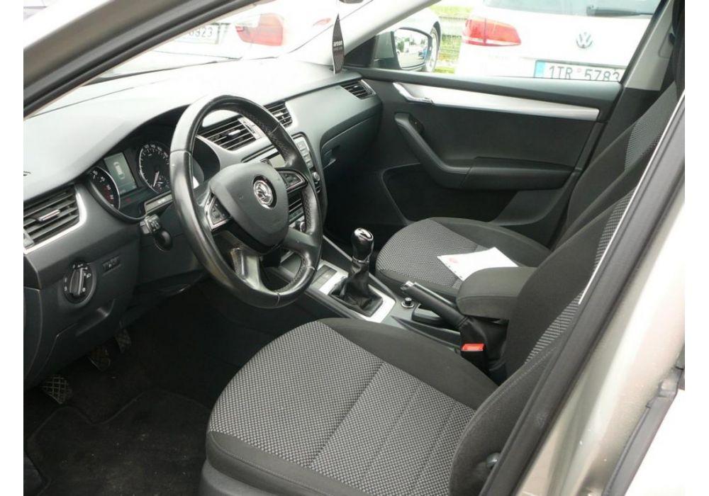 Škoda Octavia 1.6 TDI CR DPF Ambition Fresh Combi