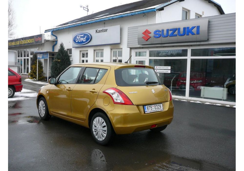 Suzuki Swift 1.2 i
