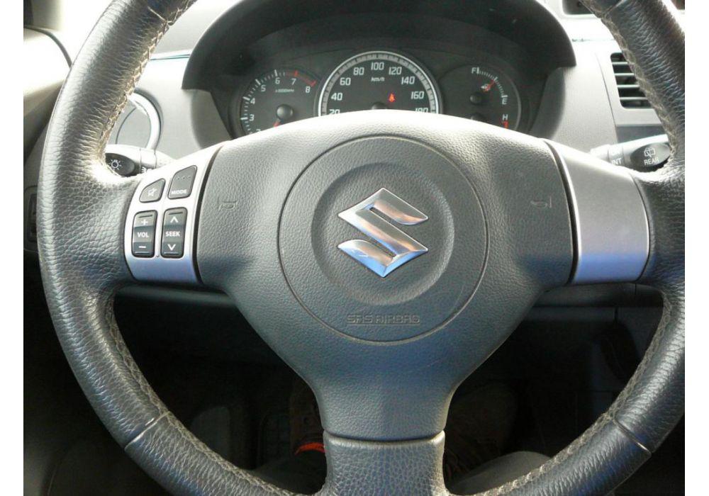 Suzuki Swift 1.5 i   L.P.G