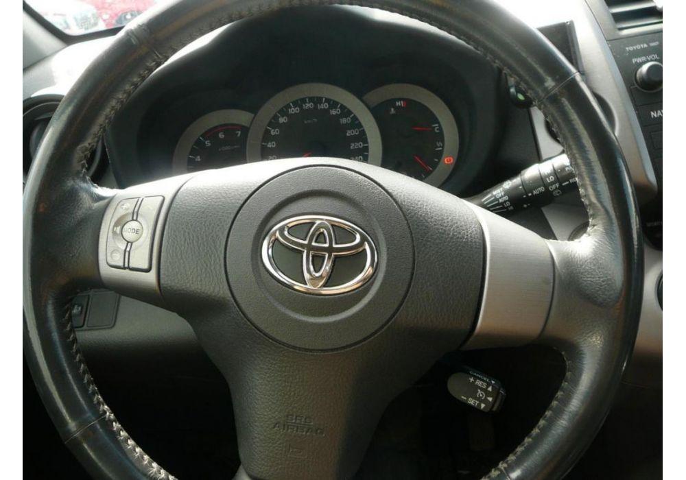 Toyota RAV 4 2.2 D