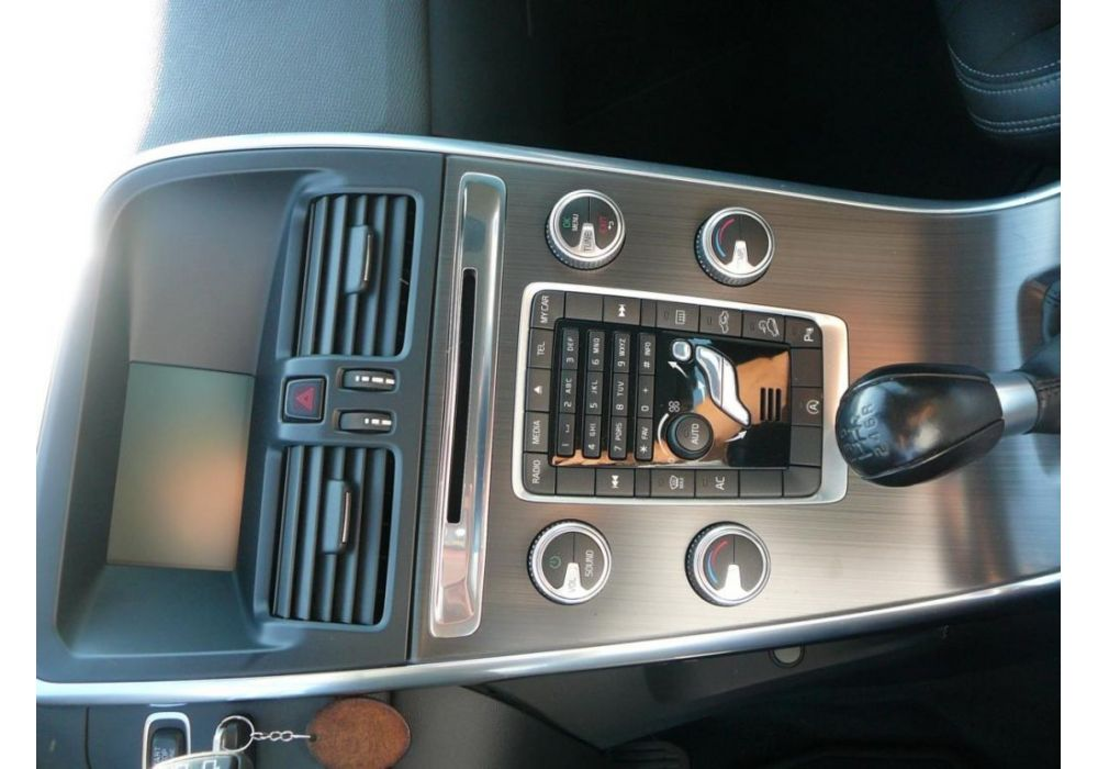 Volvo XC60 2.4 D4 Momentum AWD